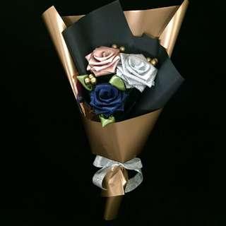 Graduation 3 Ribbon Rose Bouquet