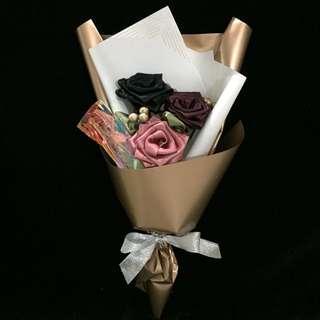 🚚 Flower Bouquet Ribbon Rose Graduation