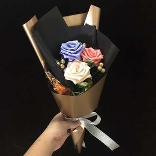 Ribbon Rose Graduation Bouquet