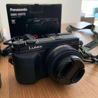 Panasonic GX7 with 20mm F1.7 v1