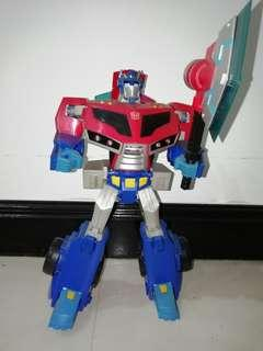 Transformers Animated Optimus Prime [Leader Class]