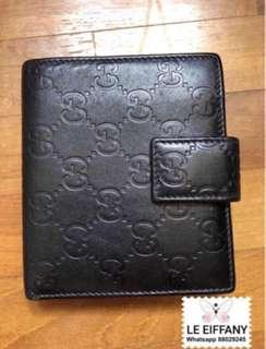 🚚 Authentic Gucci black leather wallet