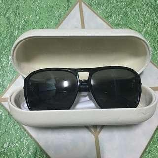 a25fd16f sunglasses case | Luxury | Carousell Philippines