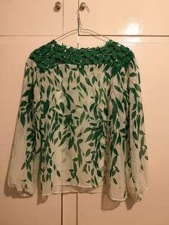 Leaf green top size 8-10