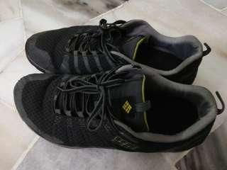 low priced 7d389 7ead7 Columbia Shoe For Sale