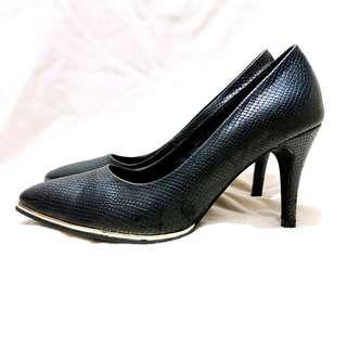 #paydaymaret SALE Sepatu Noche Snake Skin Pump Heels/High Heels 9 Cm Size 39 Court Mimosa Preloved Murah