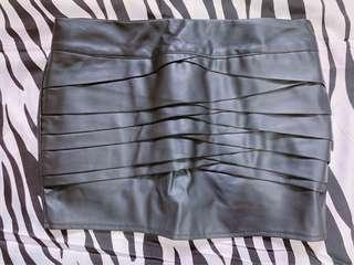 BN Faux leather skorts $5