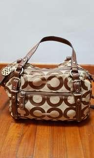 🚚 Coach Op Art Alexandra Bag 15275