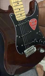 Fender American Stratocaster walnut
