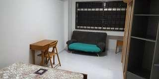 Common bedroom for rent @ Blk 82 Redhill Lane