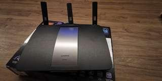 Linksys Dual Band Smart Wireless Router 1900