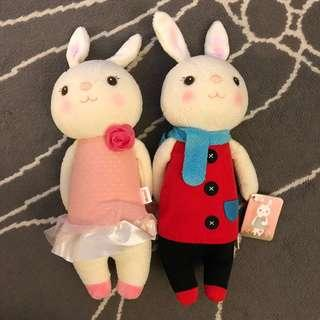 Tiramitu bunny ribbit couple