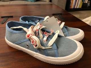 🚚 Rubi denim sneakers