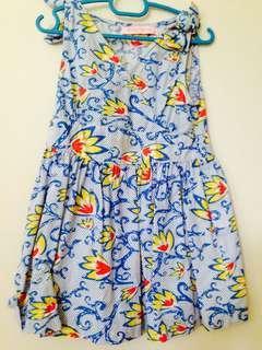 🚚 Floral dress gingersnaps