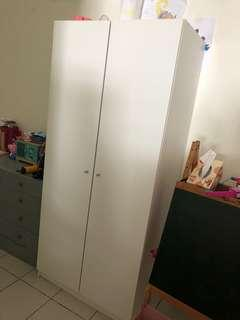 IKEA 2 doors wardrobe (As good as new)