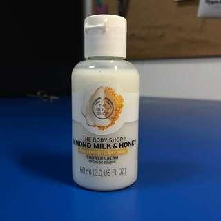 BRAND NEW The Body Shop Shower cream