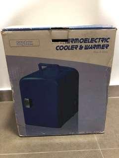 White Thermoelectric Cooler & Warmer