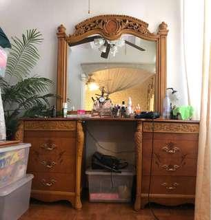Da Vinci solid wood dressing table and mirror