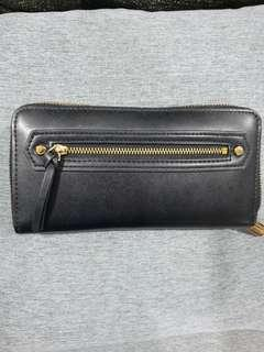 🚚 Charles & Keith Black Wallet