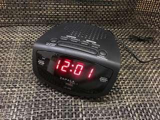 全新!鬧鐘收音機