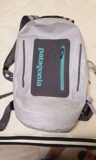 patagonia防水袋,9成新