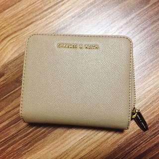 🚚 CHARLES & KEITH 小ck 奶茶色短夾 皮夾 信用卡夾