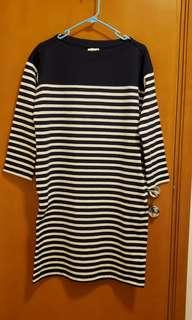 Uniqlo 藍白橫間中袖棉質上衣 Cotton Striped Long Sleeve dress/long top