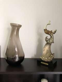 Handcrafted decorative objects