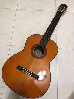 🚚 Yamaha C70 Acoustic Guitar