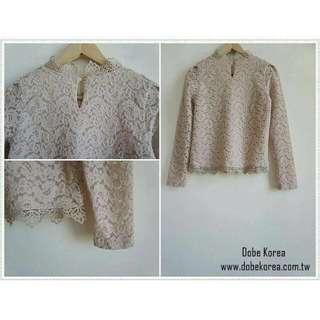轉賣 Dobe Korea 雕花蕾絲上衣