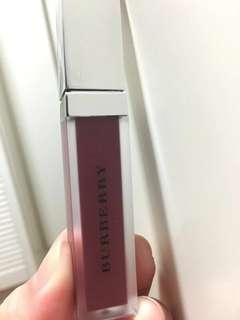 ‼️急放‼️Burberry 棗紅色唇彩/染唇液 liquid lip velvet/ lip gloss mini