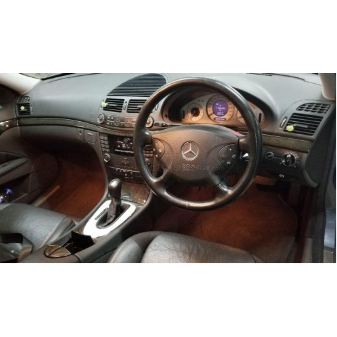 平治 MERCEDES-BENZ E240 2003年