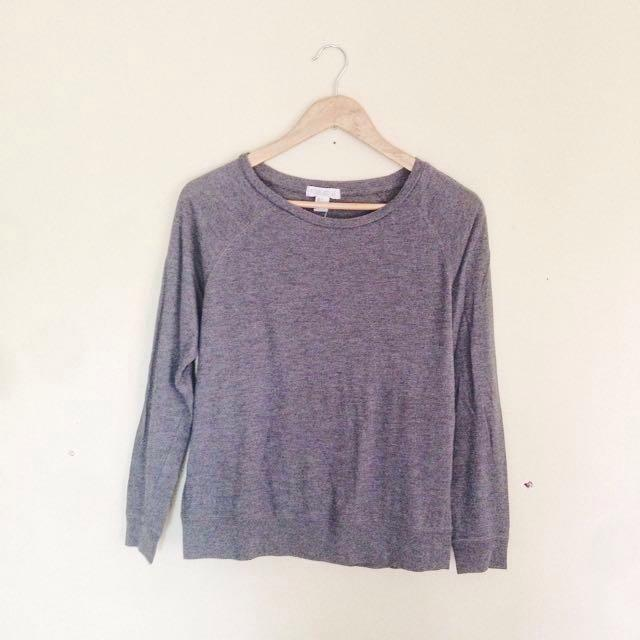 8b4ad8c3c3 Forever 21 Dark Gray Speckled Pullover   Pullie on Carousell