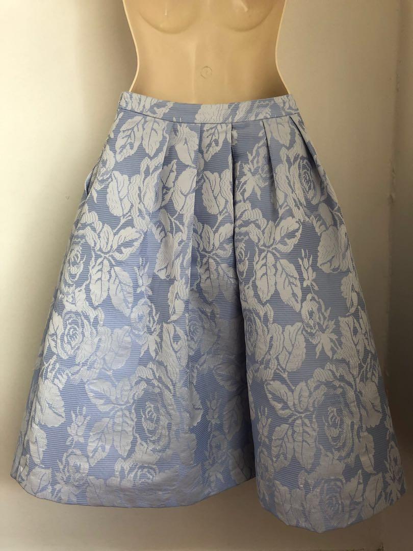 Forever new size 8 skirt pastel cornflour blue and white so pretty