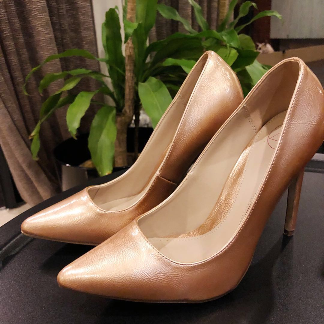 692d50d4ff Missguided Rose Gold Heels, Women's Fashion, Shoes, Heels on Carousell