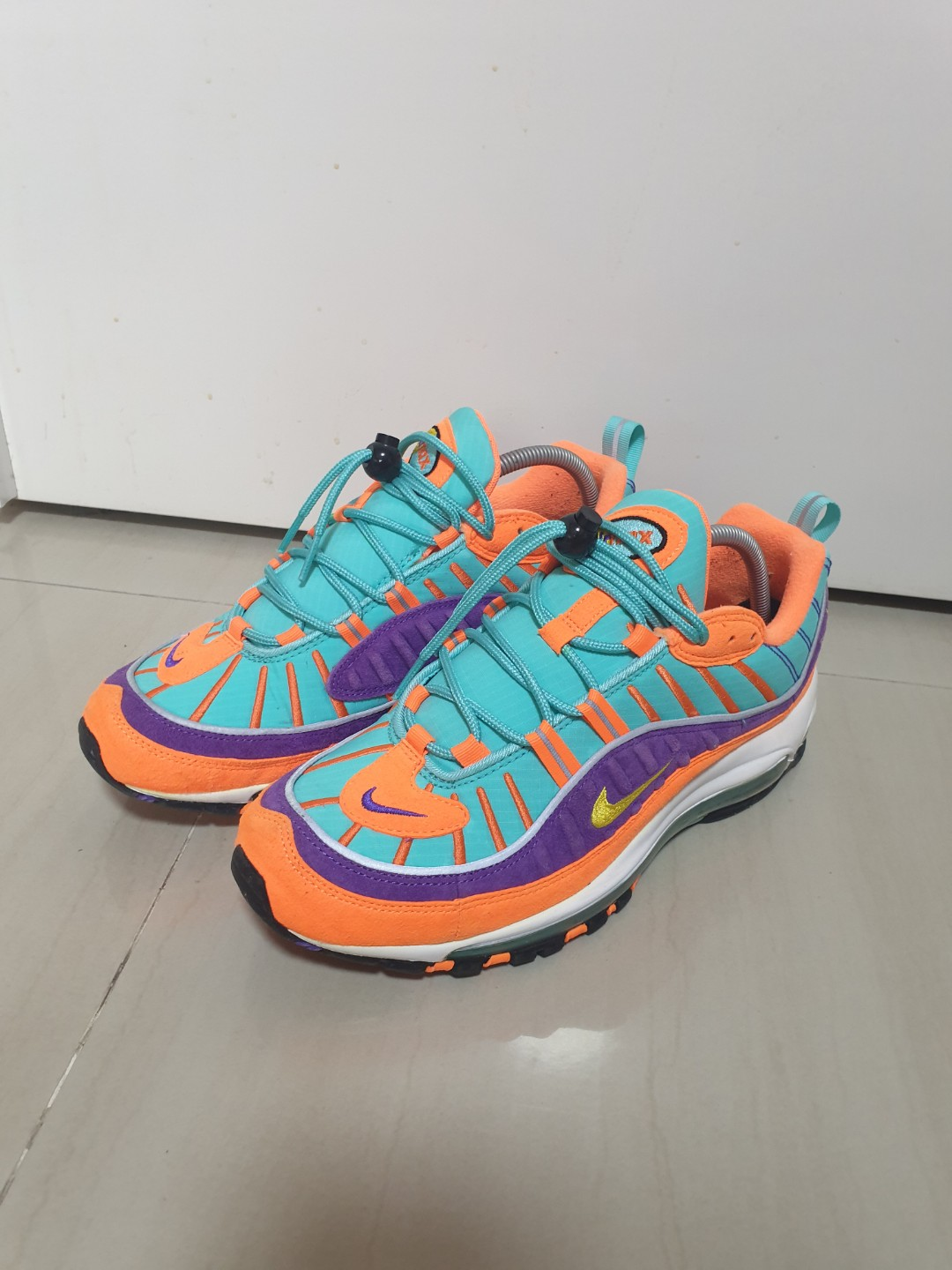 pretty nice 65a1d 3e732 Nike Airmax 98, Men's Fashion, Footwear, Sneakers on Carousell