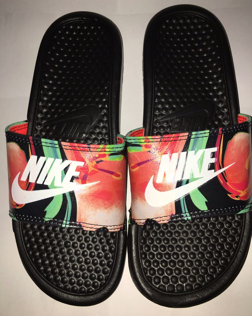 3b8a670feba4 Nike benassi sandal black floral