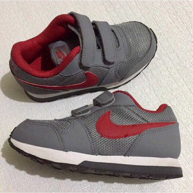 Nike rubber shoes for toddler kids baby