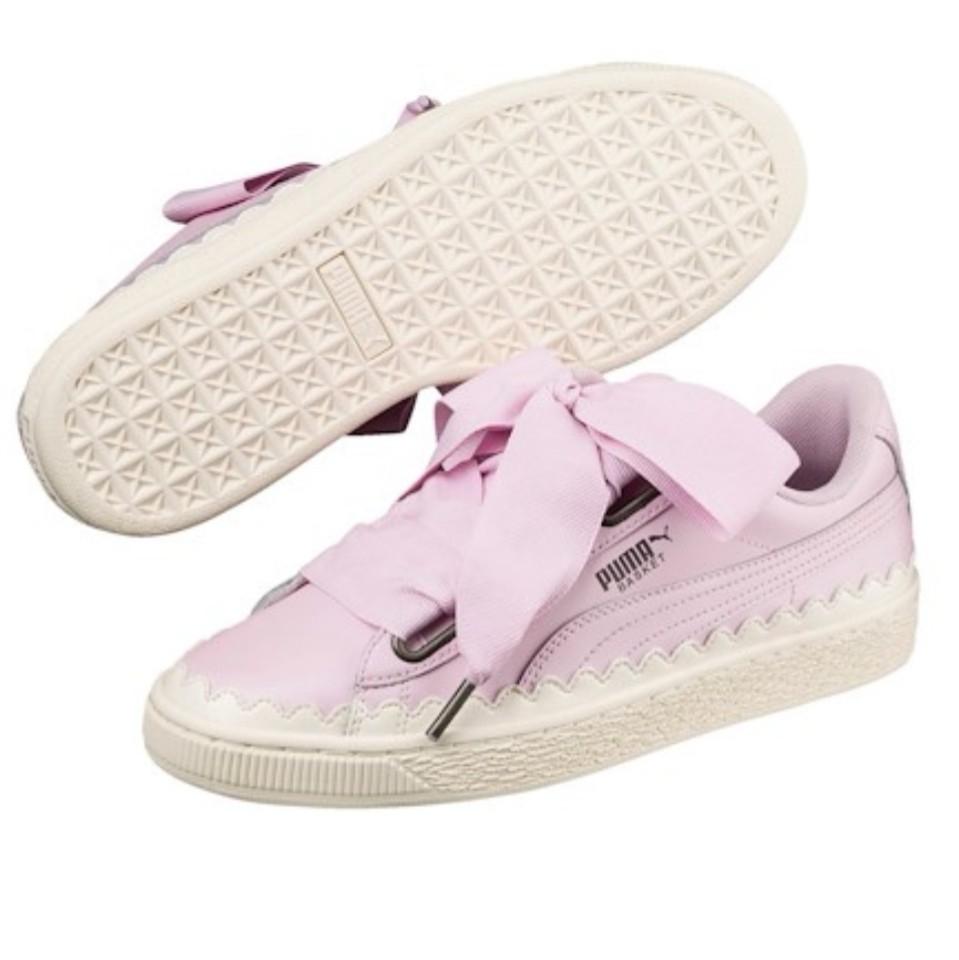 meet 1666f 49a46 Puma Sweet Basket Heart Pink