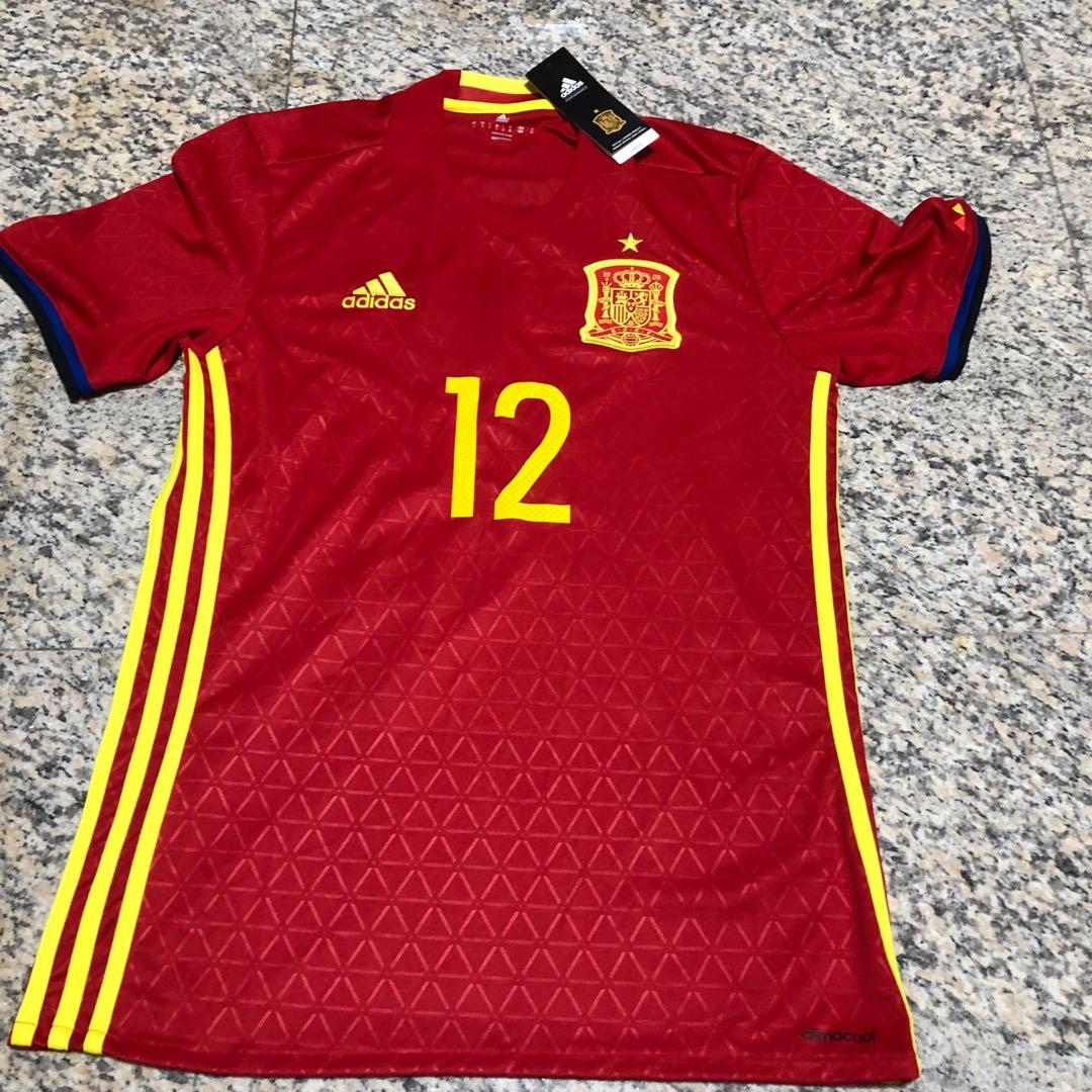 quality design 9aefb e5954 Spain 2016 Bellerin Jersey, Sports, Sports Apparel on Carousell