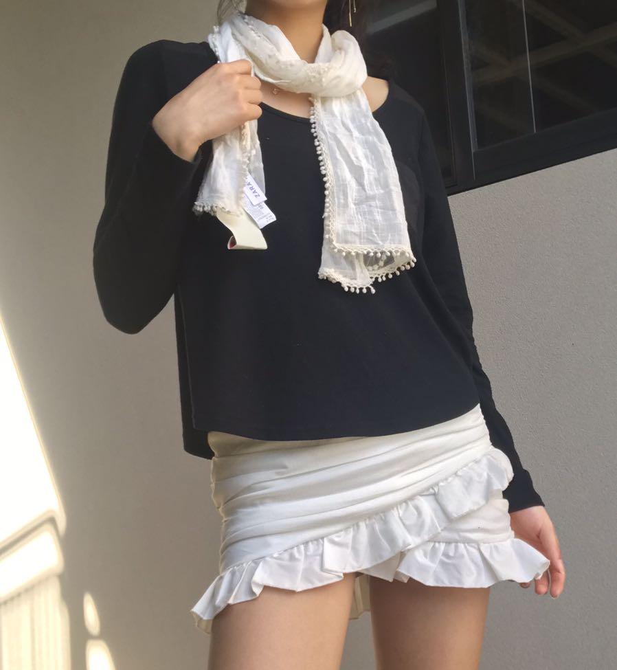 Zara accessories white lace floral scarf