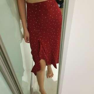 NEW Red Printed High Waist Ruffle Slit Midi Skirt