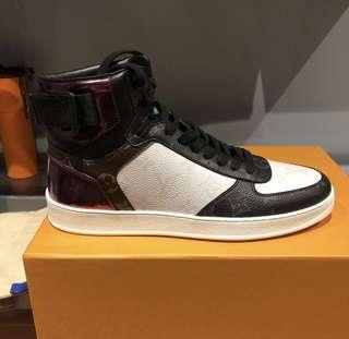 🚚 Louis Vuitton Rivoli sneaker boot