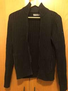 Giordano black sweater