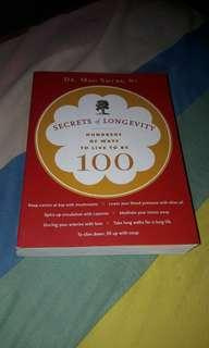 Buku Kesehatan: Secrets of Longevity