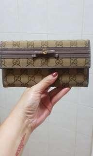 🚚 💯authentic Gucci long wallet