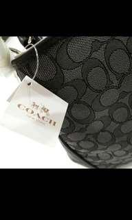 🚚 Authentic Coach handbag