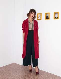 🚚 Marjorie 明星風範,蜜桃絨女明星第三代風衣
