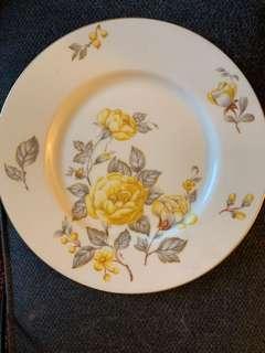 黃花碟(美國製造)現今很少在美國製瓷器