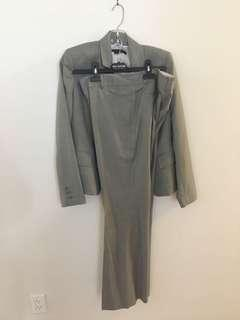 Anne Klein brand new suits size 6